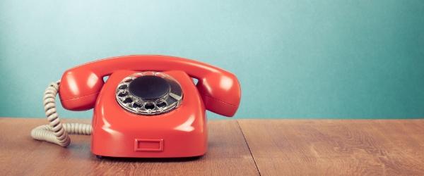 3 jeitos de usar o bom e velho telefone para vender mais na sua loja