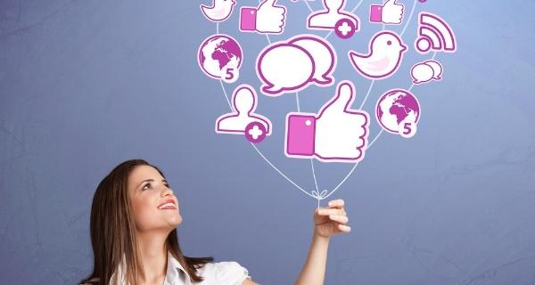 Como as mídias sociais influenciam as decisões de compra do seu cliente